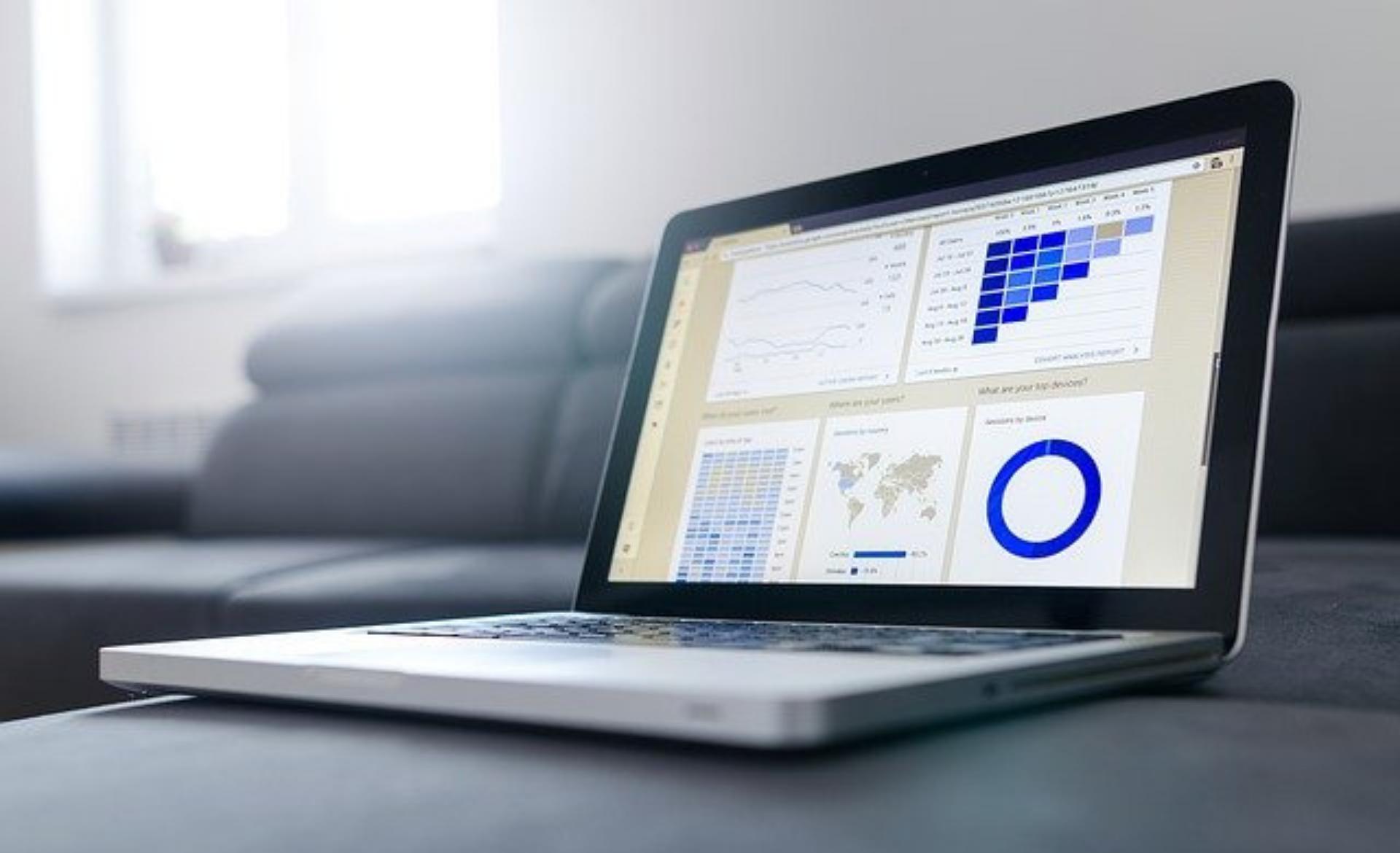Ranking kont firmowych – czy warto z niego korzystać?